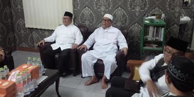 Subhanalloh, Gubernur Jabar Ingin Rutinkan Shalat Subuh Gabungan