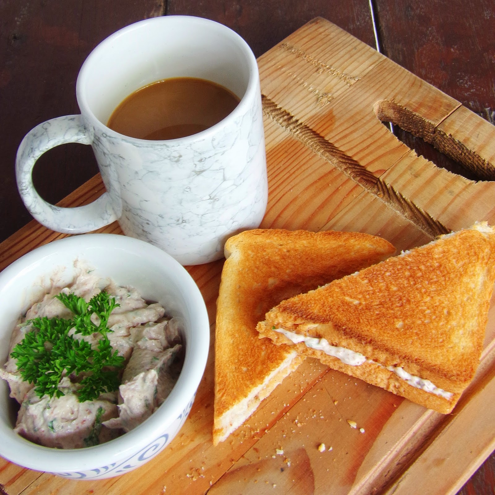 recipes using cream cheese, finger sandwiches, sandwich ideas, reno liver spread, chicken liver recipes, sandwiches recipes, sandwich spread