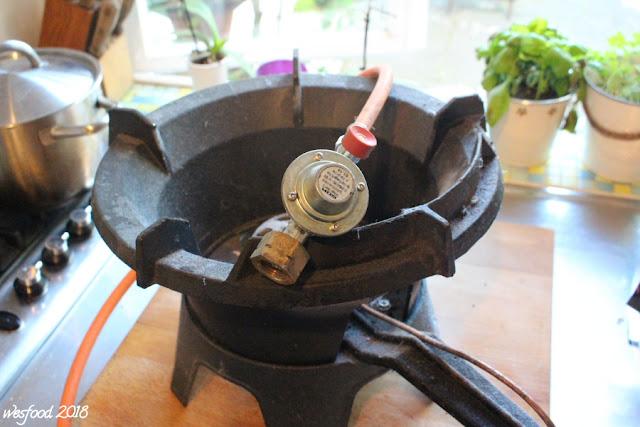 wesfood rind mit gem se und cashews aus dem wok. Black Bedroom Furniture Sets. Home Design Ideas