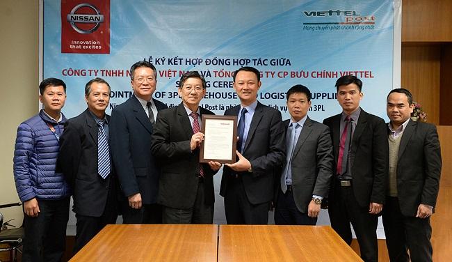 Nissan Việt Nam và Viettel Post ký kết hợp tác