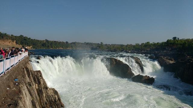 Dhuandhar Falls-Bheda Ghaat