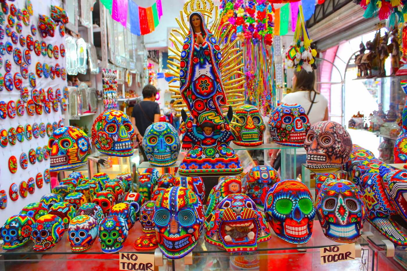 bead art sculpture from artesian market la ciudadela
