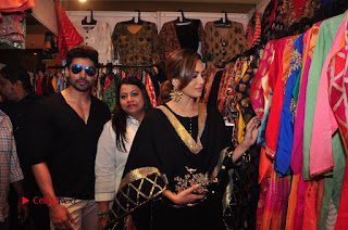 Bollywood Actress Sana Khan Launches Aakrithi Exibition  0350.JPG