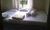 sewa villa green apple cipanas puncak tipe umi 68 kamar 3