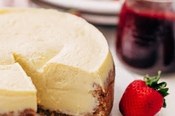 NEW YORK-STYLE INSTANT POT CHEESECAKE