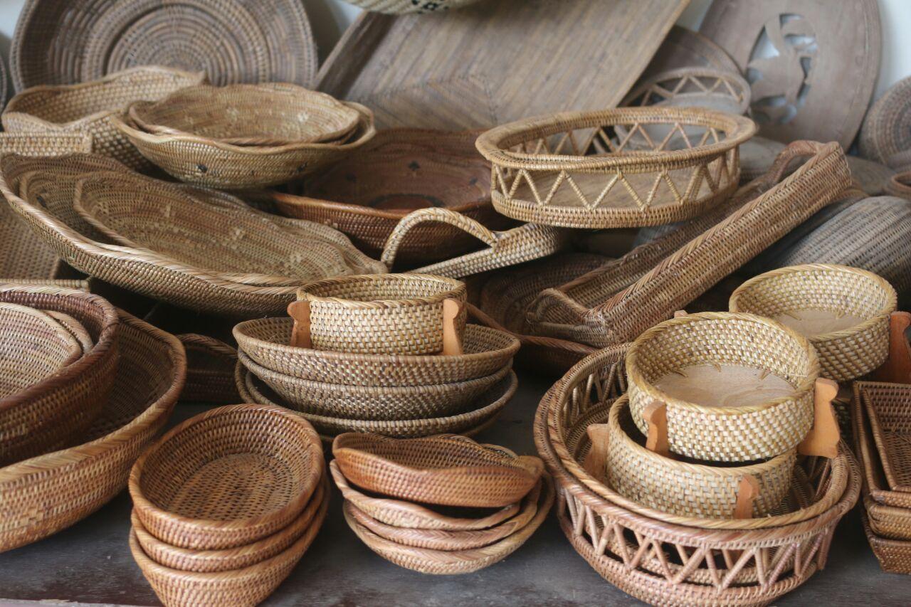 Belanja Kerajinan Bambu di Loyok sambil Menikmati Objek ...