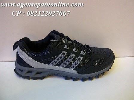 Sepatu Adidas Running Terbaru 91243  d6160e7507