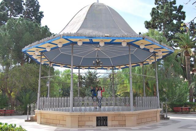 Templete en los jardines del Casino de Novelda