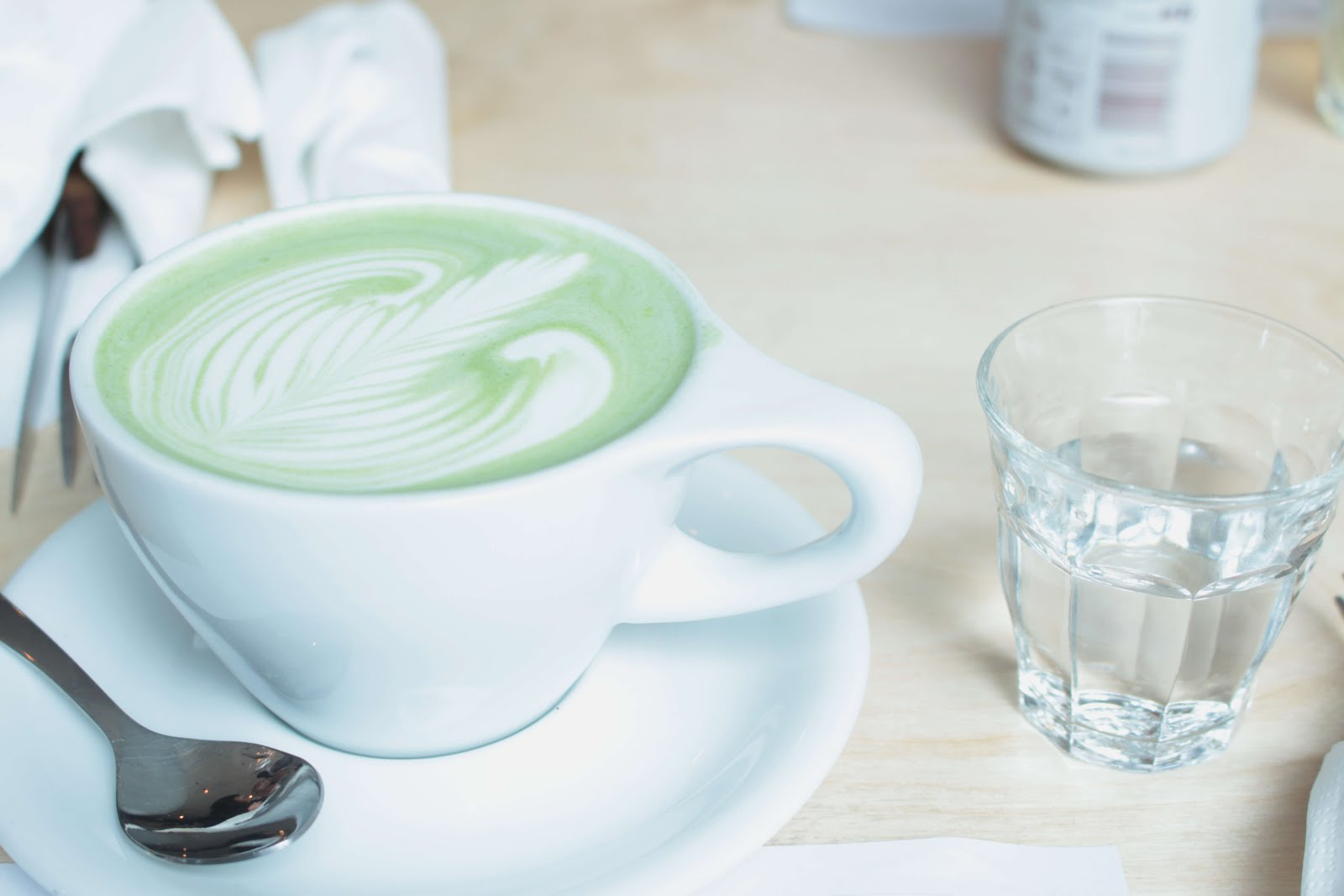 the hive wellbeing london review matcha latte