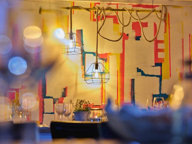 Tagungsraum KARO im 4Eck Restaurant Garmisch-Partenkirchen für Events, Geburtstage, Hochzeiten, Seminare, Schulungen, kreativer ArbeitsRaum Original 4Eck, Fotos Marc Gilsdorf