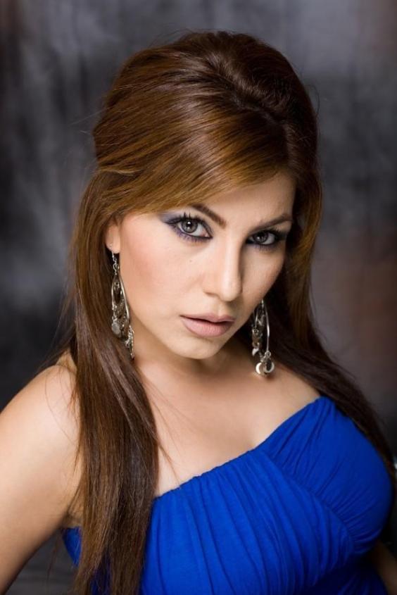 Aryana Adin Nude Photos 41