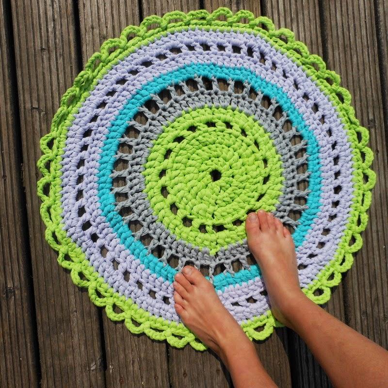 Fie bakt haakt en breit tapijt voor de oudste - Tapijt idee voor volwassen kamer ...