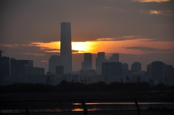 環球貿易廣場的夕陽