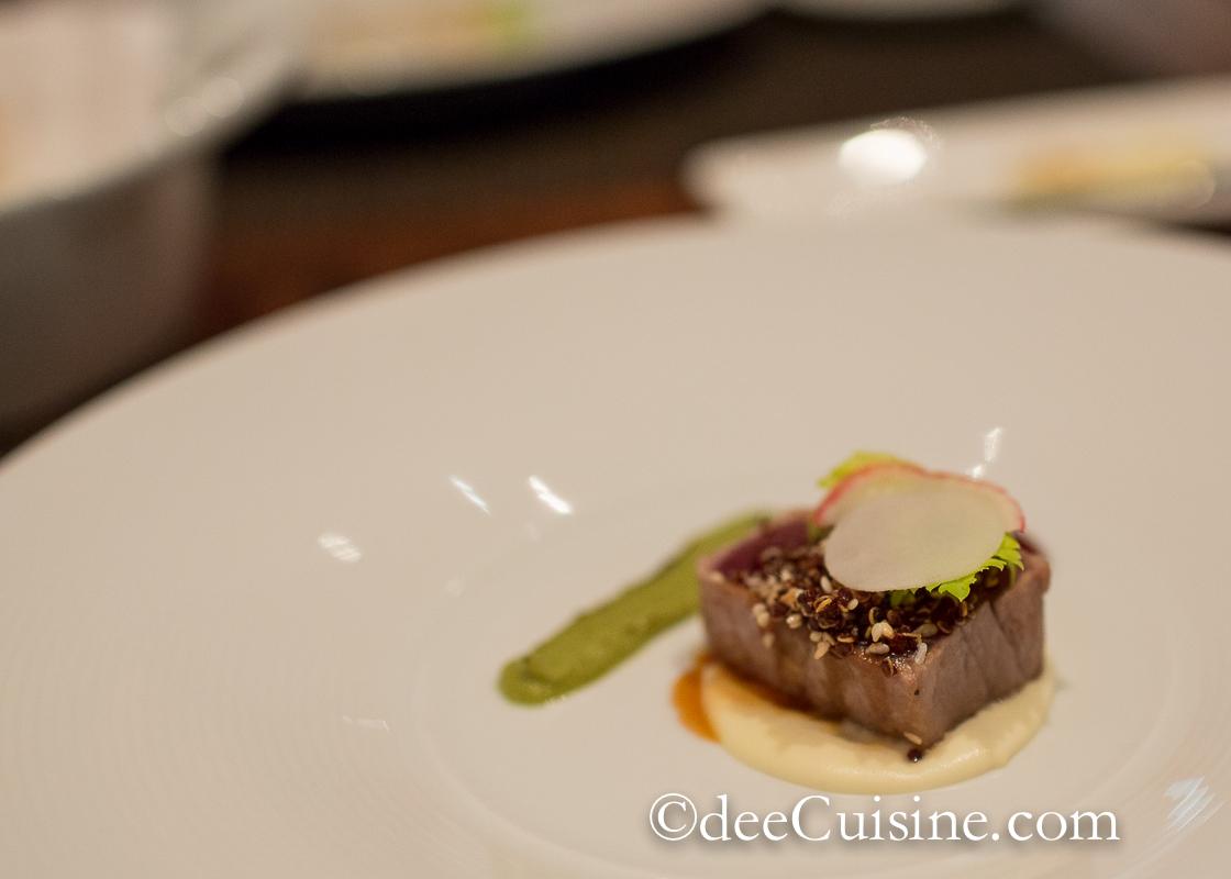 Crunchy yellowfin tuna