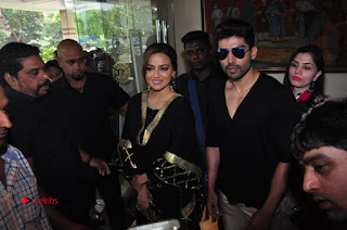 Bollywood Actress Sana Khan Launches Aakrithi Exibition  0364.JPG