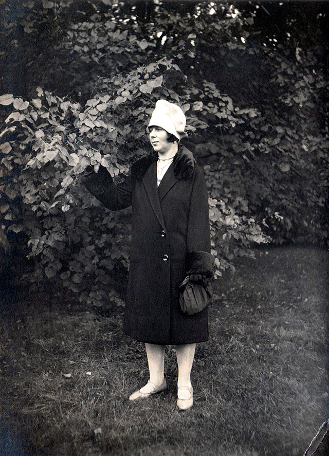 The Jazz Age Fashion 44 Charming Snapshots Of Women In