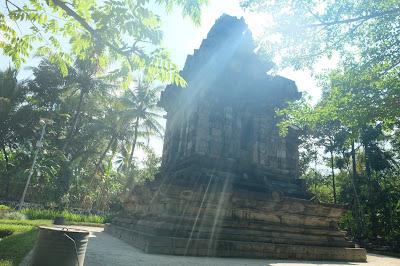 Candi Merak di Karangnongko Klaten