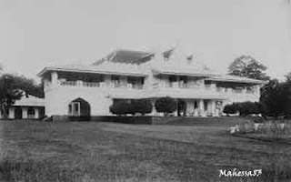9 Bangunan Tertua Di Indonesia