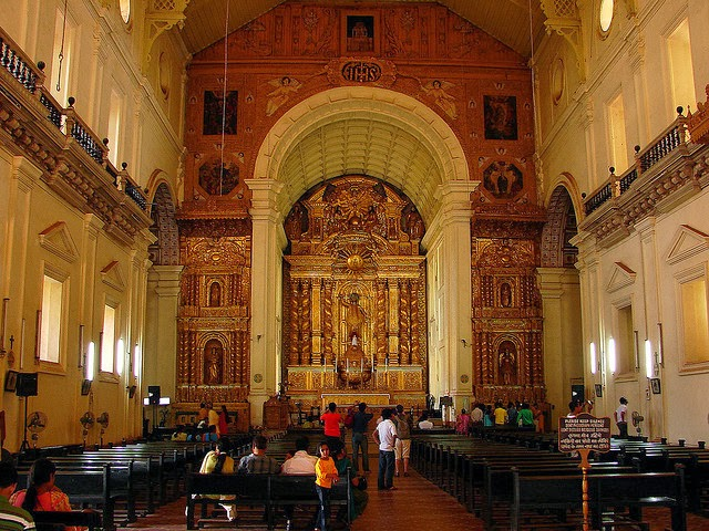 Interior of Basilica of  Bom Jesus - Old Goa