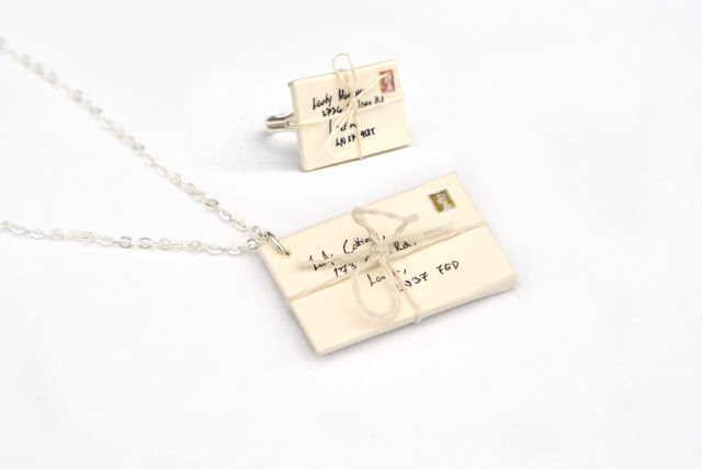https://www.etsy.com/uk/listing/102464312/cream-envelope-gift-set-necklace-and