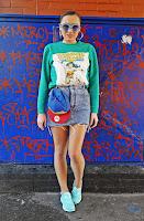 http://www.karyn.pl/2018/03/mietowe-sneakersy-bluza-i-jeansowa.html