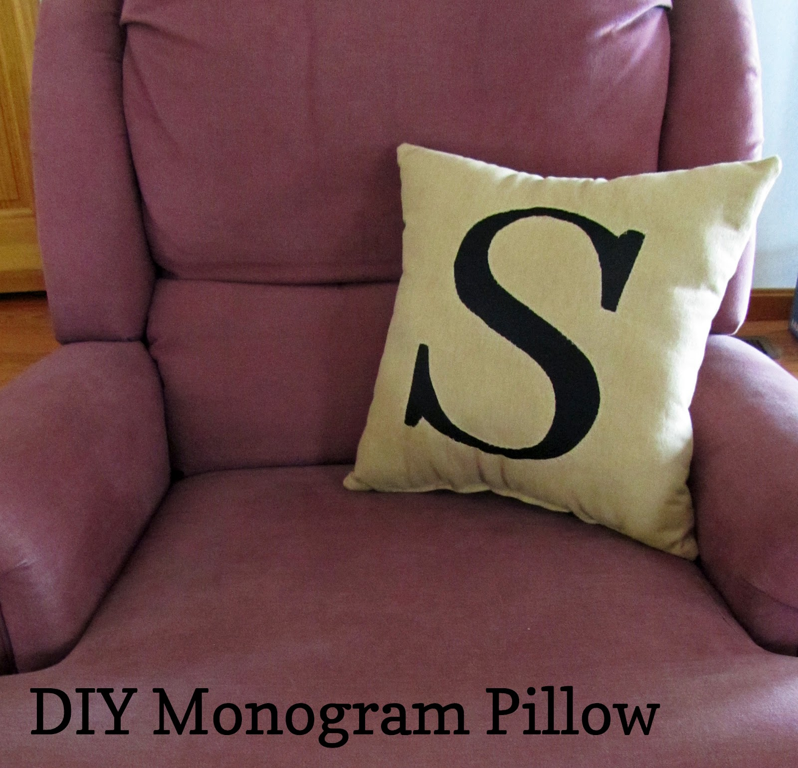 MegInspired: DIY Monogram Pillow
