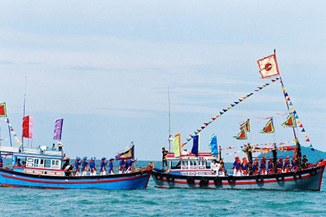 Attractive traditional festivals in lunar January in Vietnam 11