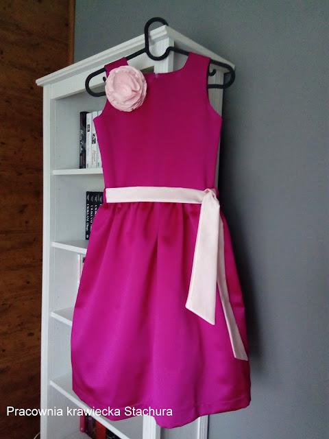 sukienka po komunijna