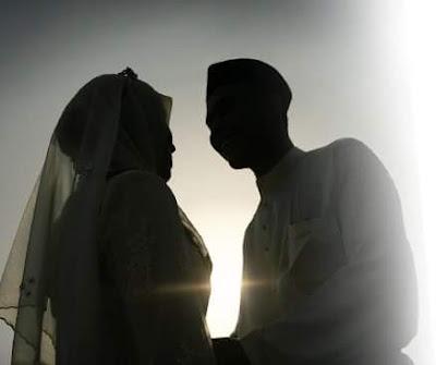 Allah Melaknat Istri Yang Tidak Mau Melayani Suami