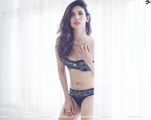 Heena Panchal Sexy Wallpaper