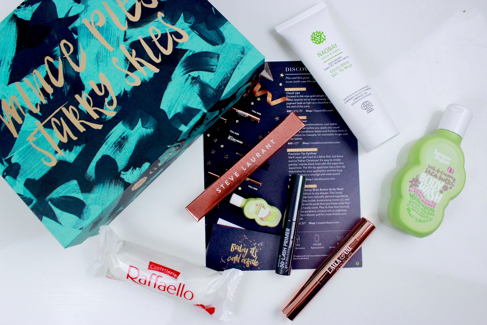 What's Inside December's Mince Pies, Starry Skies Glossybox