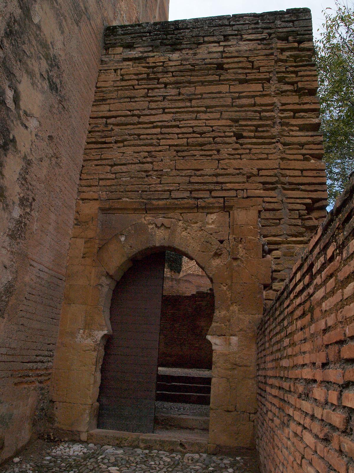 La Granada Musulmana Cercas Barrios Y Puentes