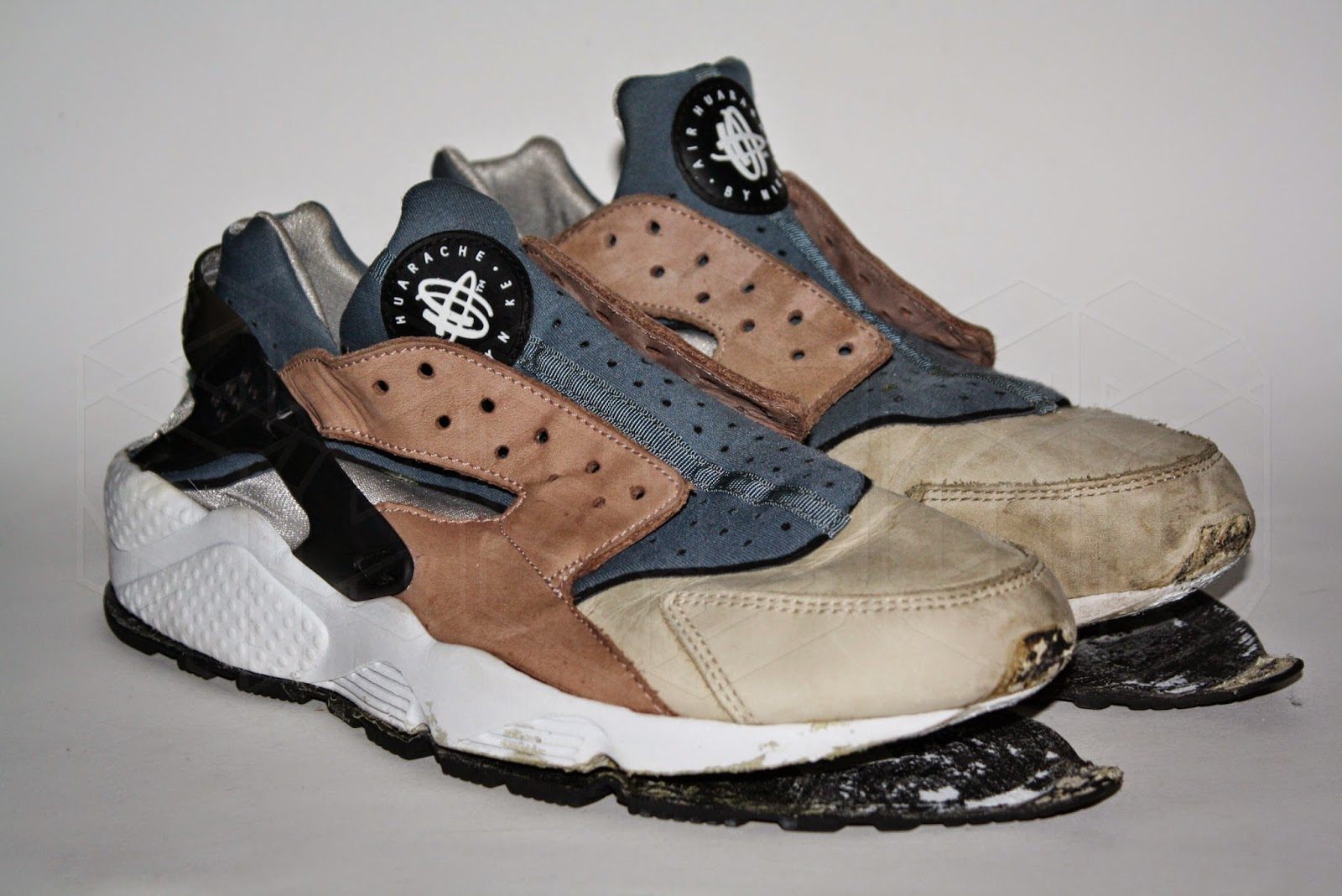 95f7721f7130 ... Nike Air Huarache Escape. Excess Glue Removal Clean and Rebuild. ...