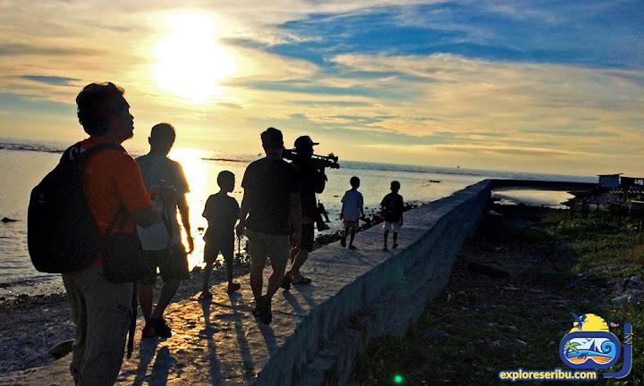 pemburu sunset pulau sebira