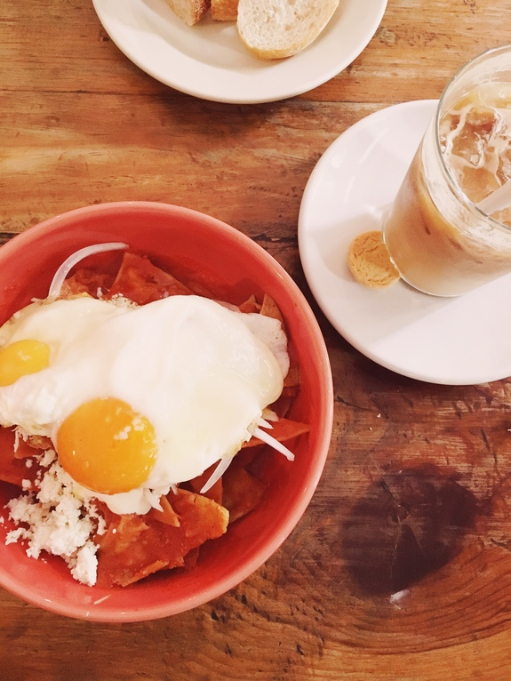 3 days in mexico city what to eat eno chilaquiles