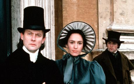 'MIDDLEMARCH' (1994) BBC MINISERIES REVIEW. George Eliot period drama adaptation review plus information on the series content. All text © Rissi JC