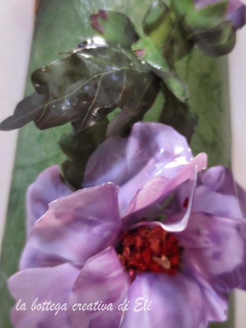 fiore-in-sospeso-trasparente-decorato-in-foglia-oro