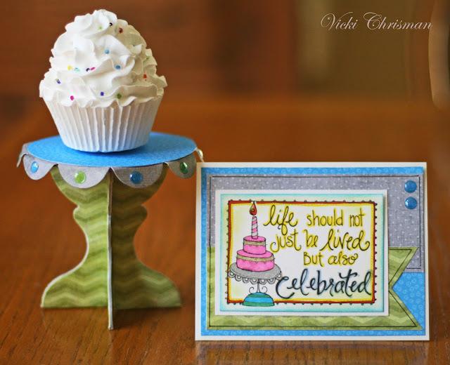 https://3.bp.blogspot.com/-chxpeHUL_aA/WAu-rvguTTI/AAAAAAAAoB8/iJ0Jhr1z2JMIDWxSL6UhMA3JXj1AHJq3wCLcB/s640/cupcake%2Bstand%2Bwith%2BCelebrate%2Bcard.jpg