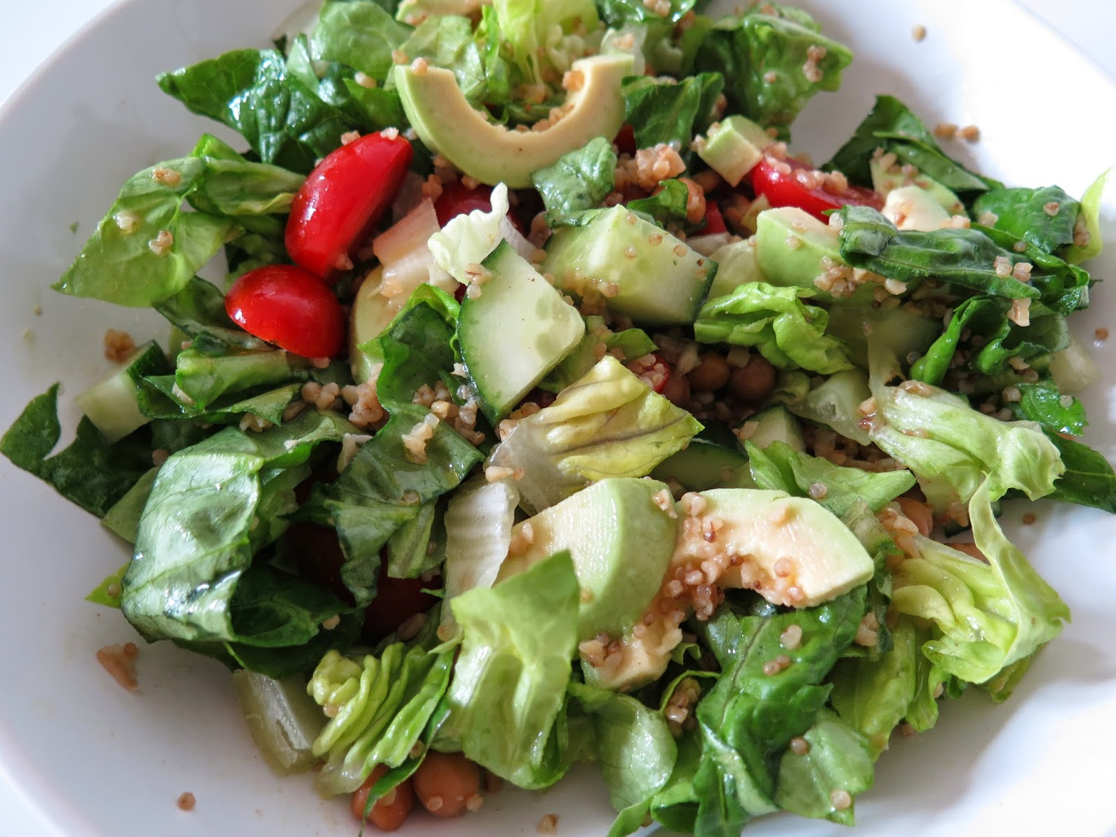 healthy salad, avocado salad