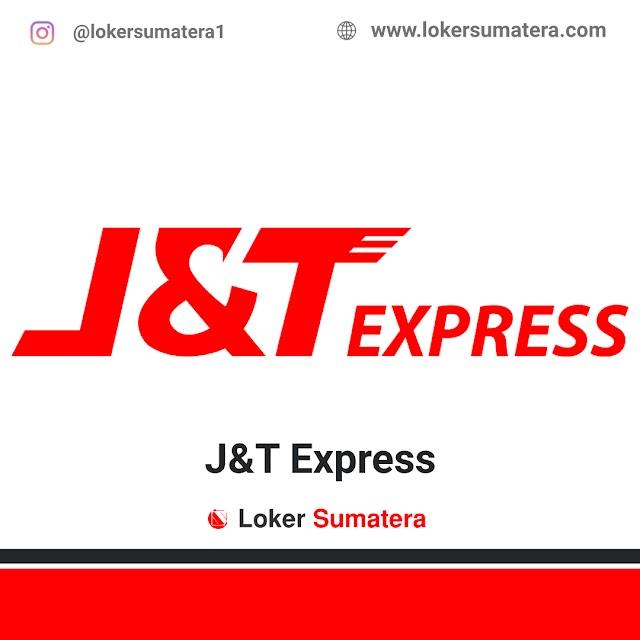 J&T Express Padang