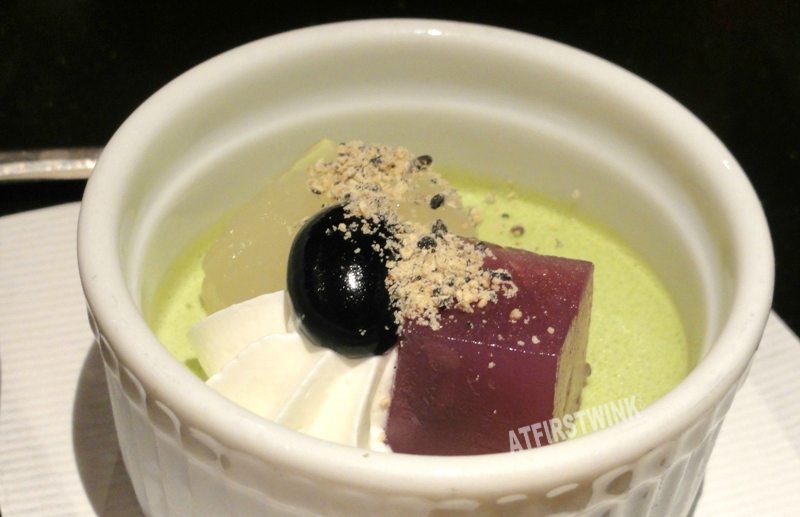 green tea pudding dessert Mimiu (美々卯) Shinsaibashi