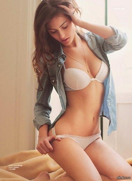 Brittney Alger nude