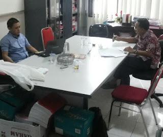 Pejabat KPU Jatim saat memberi keterangan dipenyidik kejaksaan