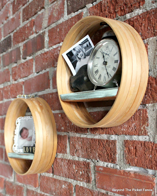 make boho industrial style display shelves from embroidery hoops