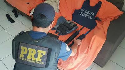PRF e Receita Federal apreendem peças de fuzil calibre 556 que vinham dos EUA