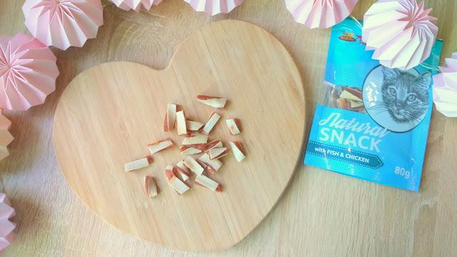 krakvet natural snack przysmak dla kota z kawałkami kurczaka i rybą