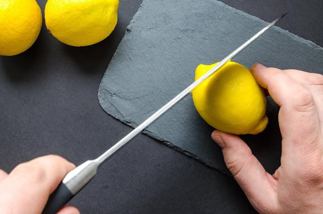 Cómo afilar un cuchillo, truco casero.