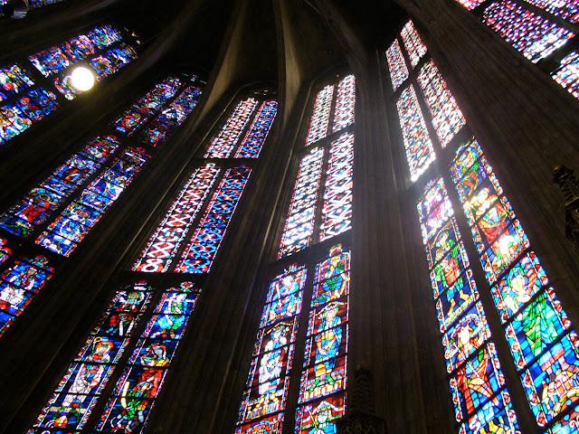 Aachen Aix-la-chapelle cathédrale vitrail stained glass