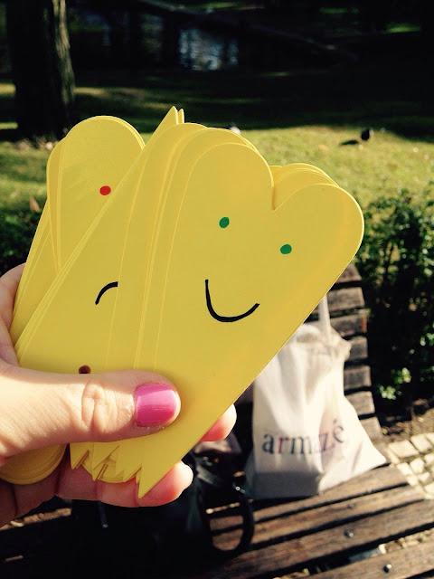 Doe-Sentimentos-Positivos-coracoes-amarelos-a-chegada