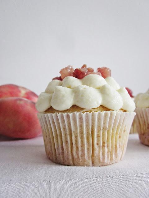 ein Cupcake von der Seite